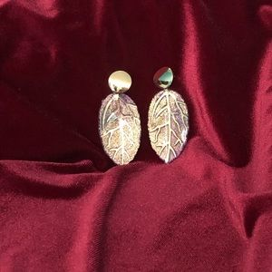 New! Leaf Purple and Gold earrings